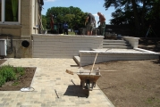 <h5>Bauarbeiten bei strahlendem Sonnenschein</h5><p></p>